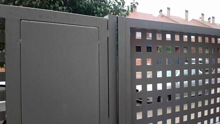 puertas_0000_reparar-puerta-metalica_2